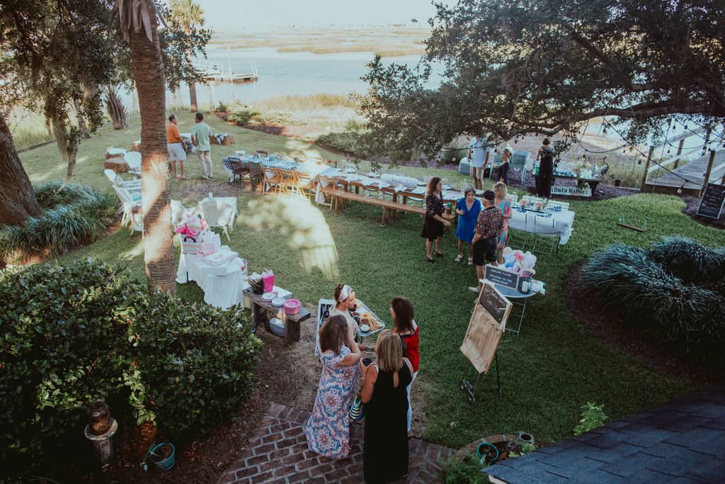 Easy Outdoor Couples Baby Shower Ideas