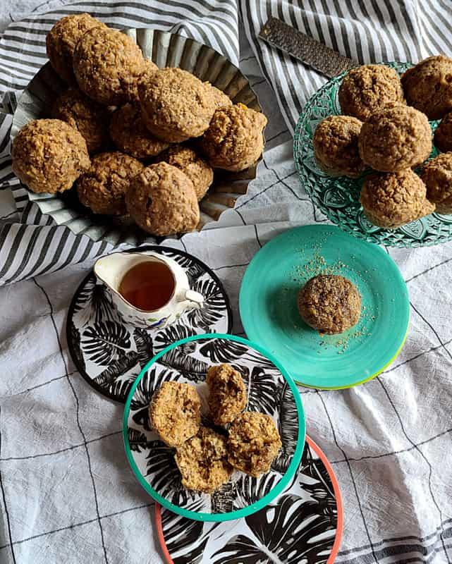 The Best Fresh Apple Muffins