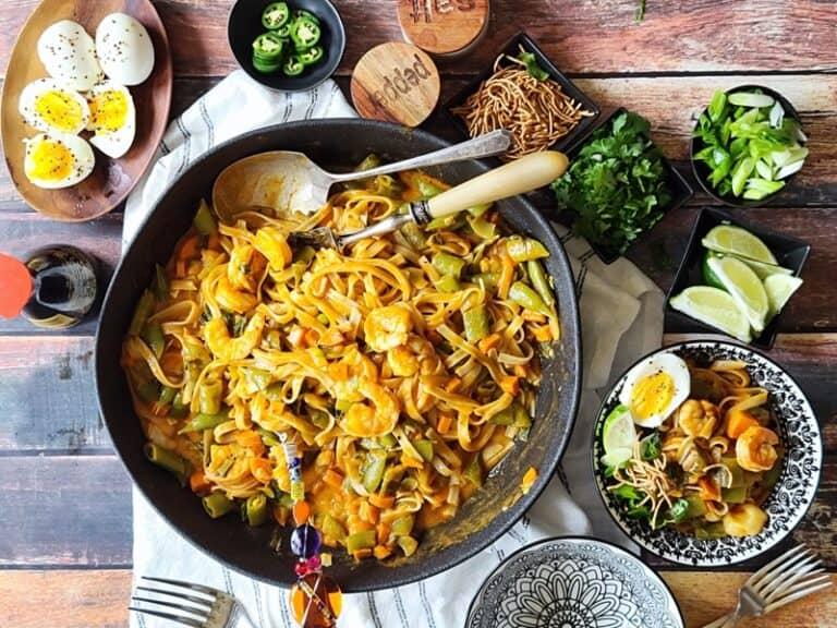 Easy Thai Red Curry Shrimp Noodles